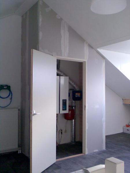 Cv ketel zolder aftimmerren for Vaste zoldertrap laten plaatsen